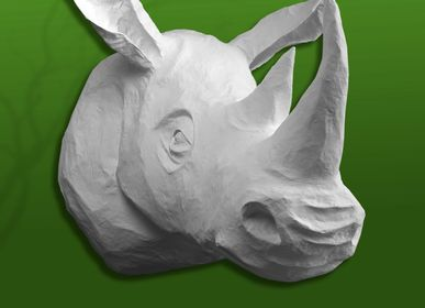 """Objets de décoration - Trophée de rhinoceros  blanc en papier mâché - Sculpture - """"SERGE"""" - MARIE TALALAEFF"""