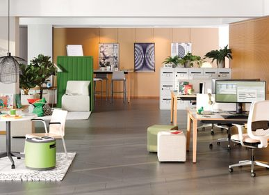 Desks - B-Free Desk - STEELCASE