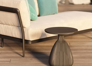 Coffee tables - Outdoor side table Tsuki diameter 40 - MANUTTI