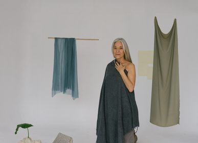 Homewear - Open Knited Melange Throw - MIRROR IN THE SKY