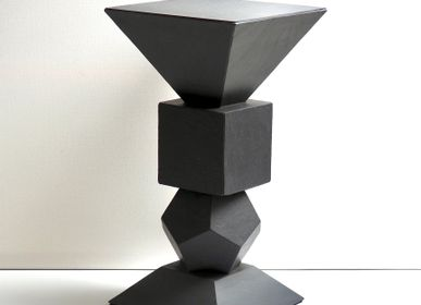 Coffee tables - Small sculpture table in natural slate - LE TRÈFLE BLEU