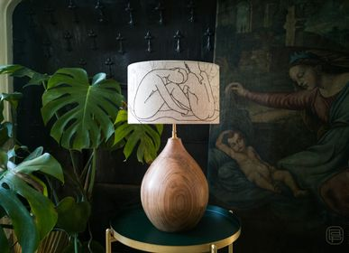 Design objects - Titia lamp, Embroidered lampshade - LOU DE PRAY