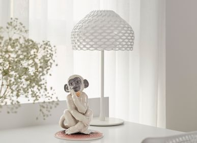 Sculptures, statuettes and miniatures - Little Monkey - Lladró Handmade Porcelain - LLADRÓ