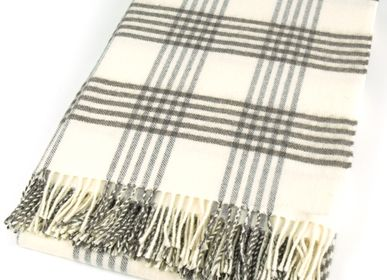 Throw blankets - PLAID MERINOS  - MAPACHA