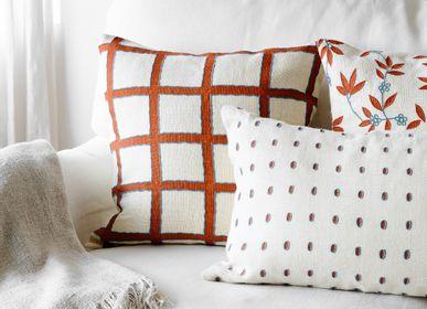 Fabric cushions - Linen Cushions - Amar - CHHATWAL & JONSSON