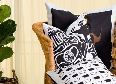 Fabric cushions - TSODILO BROWN RHINO - SOMETHING SINCERE