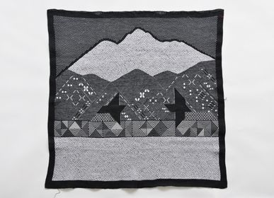 "Other wall decoration - EMBROIDERED TAPESTRIES ""TSUGARU"" WINTER - KIDA YOKO"