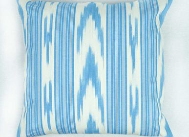 Fabric cushions -  COUSSIN TOILE IKAT - MAPACHA