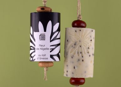 "Beauty products - Soap ""Sento"" on rope - L'ART DU BAIN"