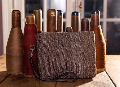 Bags and totes - Une pochette - LA PAUSA CHATEAU