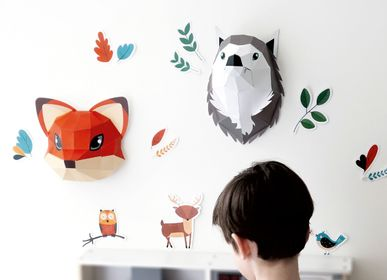 "Other wall decoration - Paper Decorations - ""Easy Peasy"" Wolf & Fox Trophy - AGENT PAPER"