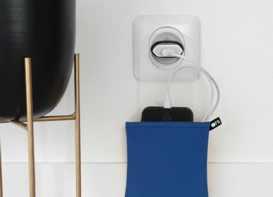 Other smart objects - Phone Holder Charger Rack - OFYL