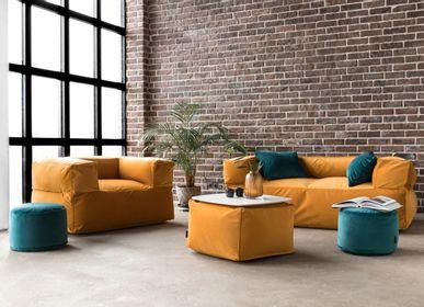 Canapés pour collectivités - Salon avec poufs BOHEMIAN - LITHUANIAN DESIGN CLUSTER