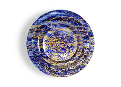 Assiettes de réception - Collection d'art de la table Magma bleu et or en porcelaine de Limoges - NON SANS RAISON PORCELAINE DE LIMOGES