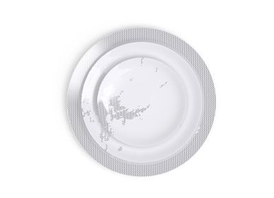 Formal plates - The Avant, Ici, Maintenant dinnerware set in Limoges porcelain - NON SANS RAISON PORCELAINE DE LIMOGES