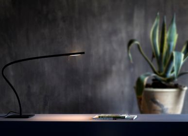 Lampes de bureau  - Lampe de table Paraph - PRANDINA LIGHTING STORIES