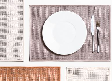 Decorative objects - LEATHER WOVEN AND PADDED PLACEMATS - PIGMENT FRANCE BY GIOBAGNARA