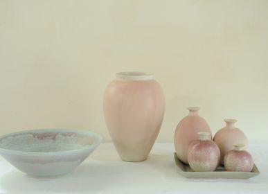 Objets de décoration - Bol et vases roses - CHRISTIANE PERROCHON