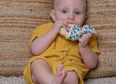 Childcare  accessories - Natural Wood and Cotton Teething Rattle - BB&CO