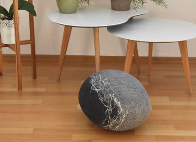Coussinstextile - Coussin de sol en laine feutrée, collection Pierre - KAYU