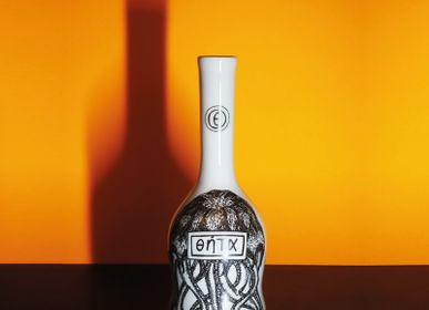 Ceramic - DECORATIVE PORCELAIN BOTTLE - THETA - VIREBENT