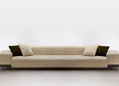 Sofas for hospitalities & contracts - FLAMBOYANT SOFA - MAISON POUENAT