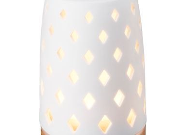Scent diffusers - Diamond Ultrasonic Diffuser with Light Wood Base 90ml - SERENE HOUSE