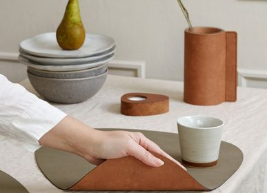 Design objects - TABLE MAT, reversible - LIND DNA