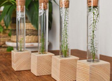 Decorative objects - Plantaphore Séquoia – socle bois de châtaignier français gamme Excellence InPlanta - INPLANTA