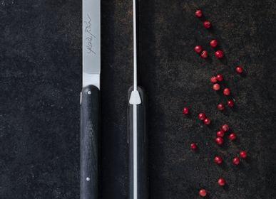 Cadeaux - Couteaux de table Andrée Putman en ébène ou en frêne densifié, coffret de 6 - FORGE DE LAGUIOLE