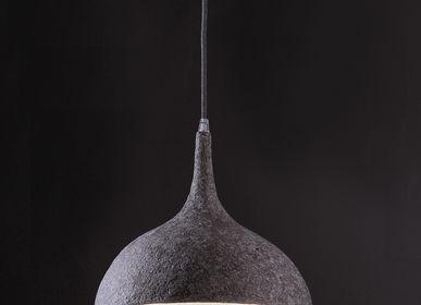 """Objets design - Luminaire : suspension pièce unique en papier mâché - modèle """"VICKIE"""" - MARIE TALALAEFF"""