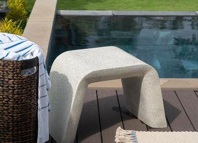 Bathroom equipment - Marble stool | Pupil - URBAN LEGEND