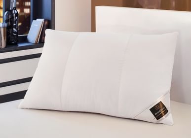 Comforters and pillows - PERLA - The Multiple Options Pillow - BRINKHAUS