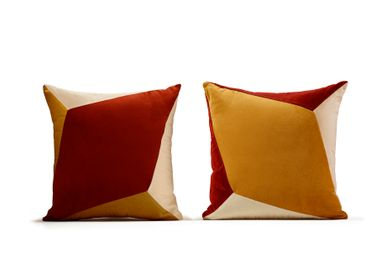 Fabric cushions - Quartz I & II velvet cushions - MY FRIEND PACO