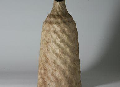 Unique pieces - Juglans regia bottle - STUDIO NICOLA TESSARI
