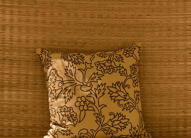 Fabric cushions - KUSUM Cushion Cover - NO-MAD 97% INDIA
