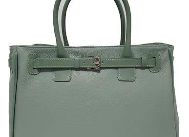 Leather goods - green leather bag with shoulder strap, produced and designed in Italy - L'OFFICIEL SRL