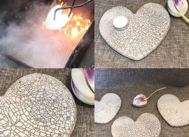 Decorative objects - Empty Pocket, Raku Heart - LES POTERIES DE SWANE