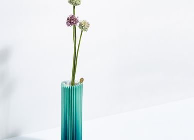 Vases - Pleated vase Wwase | Gradient Green - WRITE SKETCH &