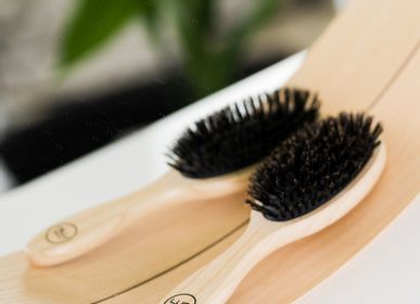 Beauty products -  Hair Brush Natural Shine - LUIN LIVING