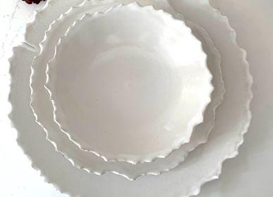 Dessous de plat - SET DE VAISSELLE ARTISANALE EN GRÈS AUX LIGNES IRRÉGULIÈRES - MAISON GALA