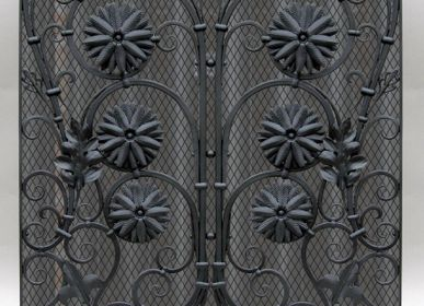 Artistic hardware - Wrought Iron Radiator Cover - VILLIZANINI