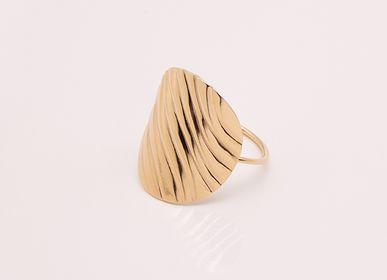 Jewelry - WAVY Ring - LES FEMMES À BARBES