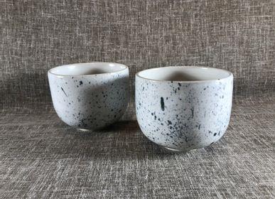 Bowls - Stoneware tea bowl - LES POTERIES DE SWANE