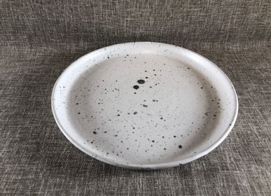 Everyday plates - Stoneware flat plate - LES POTERIES DE SWANE