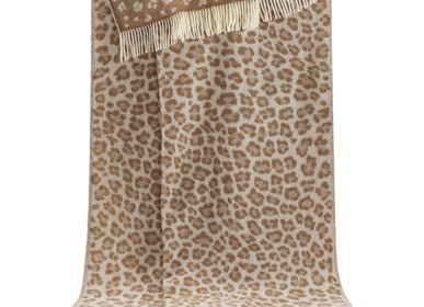 Throw blankets - Brown Leopard Throw - J.J. TEXTILE LTD