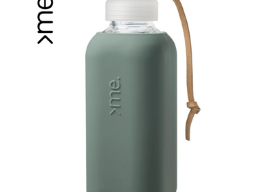 Gifts - REUSABLE GLASS BOTTLE PINE GREEN (600ml)  SQUIREME. Y1 SUSTAINABLE - SQUIREME.