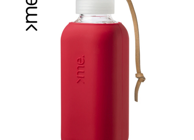 Gifts -  REUSABLE GLASS BOTTLE RED (600ml)  SQUIREME. Y1 SUSTAINABLE - SQUIREME.
