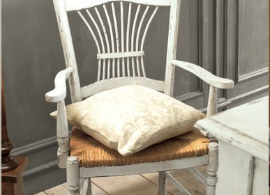 Chairs - Classic chic and French provincial chairs  - INTERIORS ITALIA