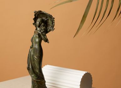 Sculptures, statuettes and miniatures - Lady with small umbrella - ART'Ù FIRENZE